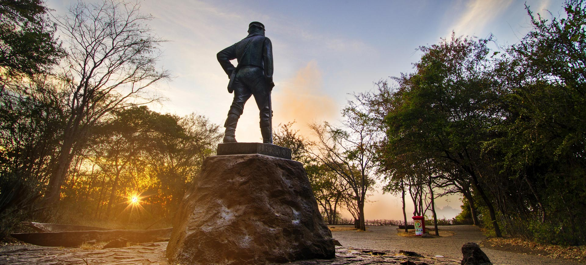 Guided Tour Livingstone Statue